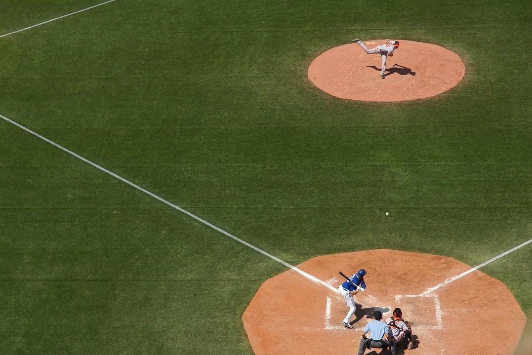 /drahtlos-kommunikationssystem-fur-baseballschiedsrichter