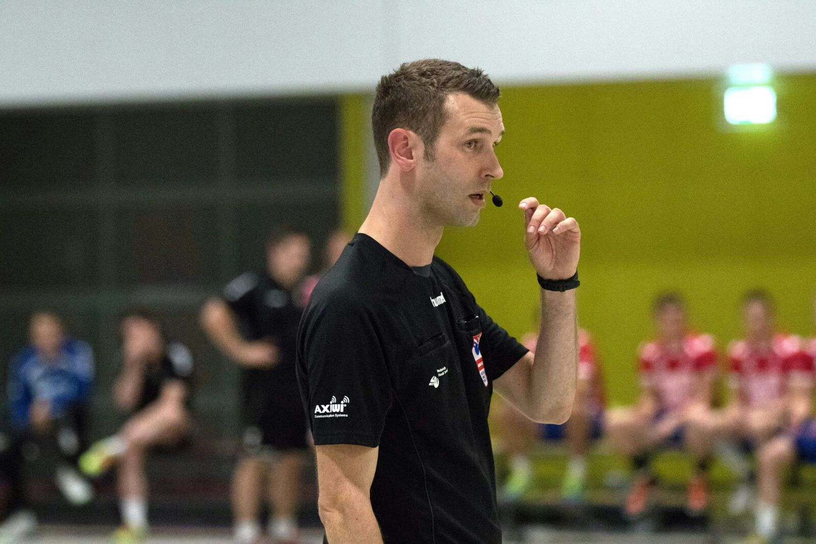 /wireless-communication-system-handball-dutch-referee-axiwi