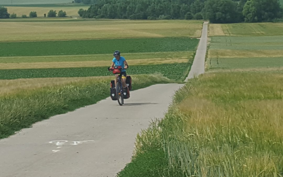 Blog #2 Harry and Gerda Kanis on cycling tour through Europe