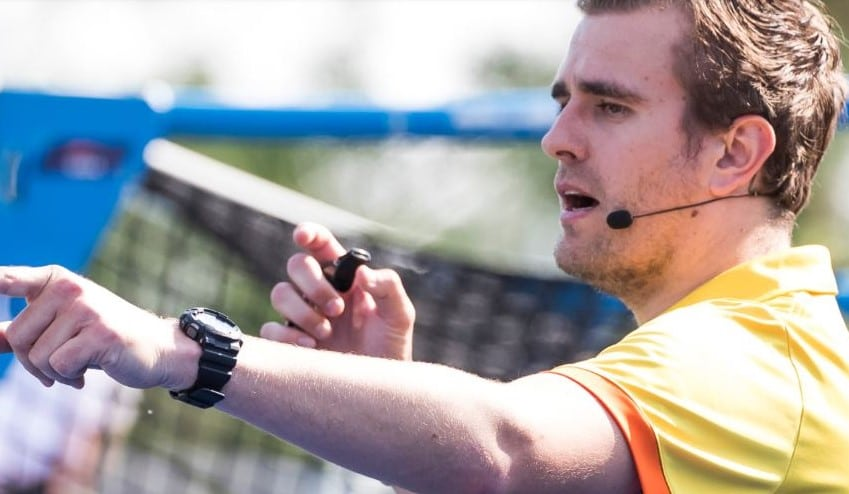 Axitour again supplier of headsets umpires Royal Dutch Hockey Federation with AXIWI®